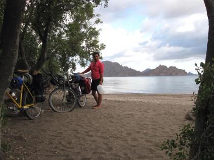Playa Ligui and Isla Danzante