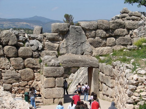 Lions Gate, Mycenaen Wall