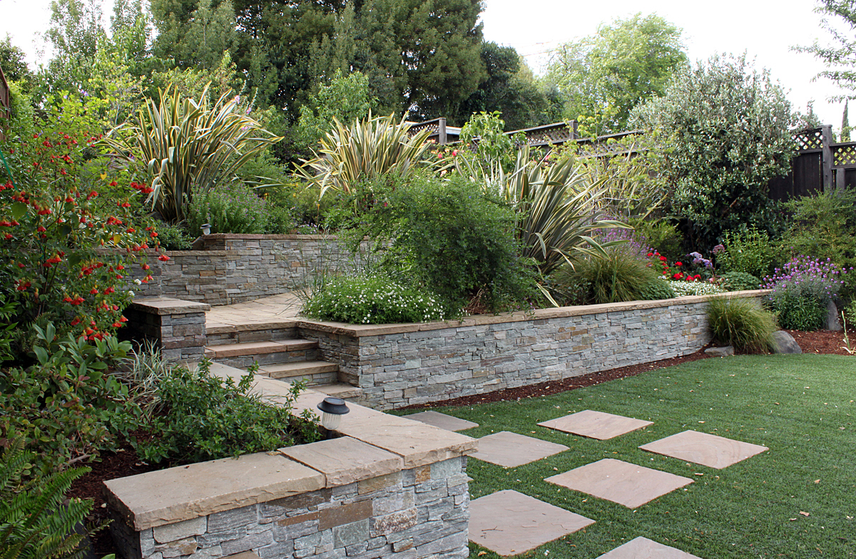 Drystonegarden blog archive a redwood city garden for Landscape gardeners